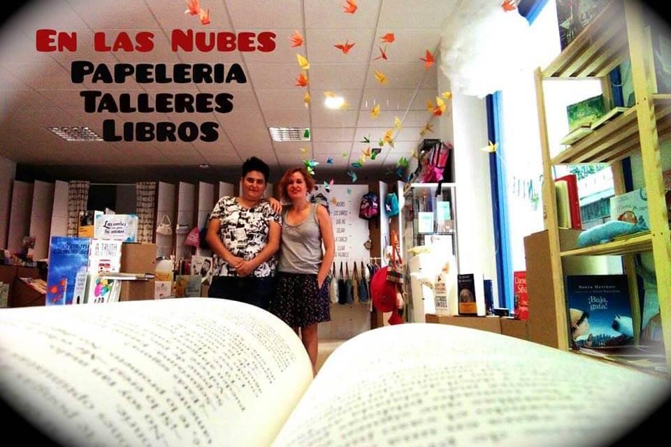 En las Nubes - Librería Infantil